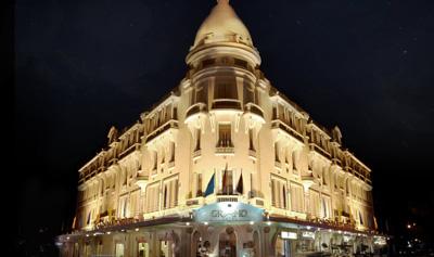 Khách Sạn Grand Saigon