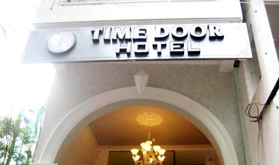Khách Sạn Time Door