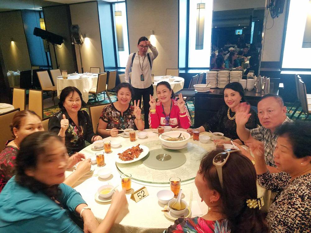 Đoàn khách tham quan Singapore - Malaysia - Thái Lan ngày 22/10/2018