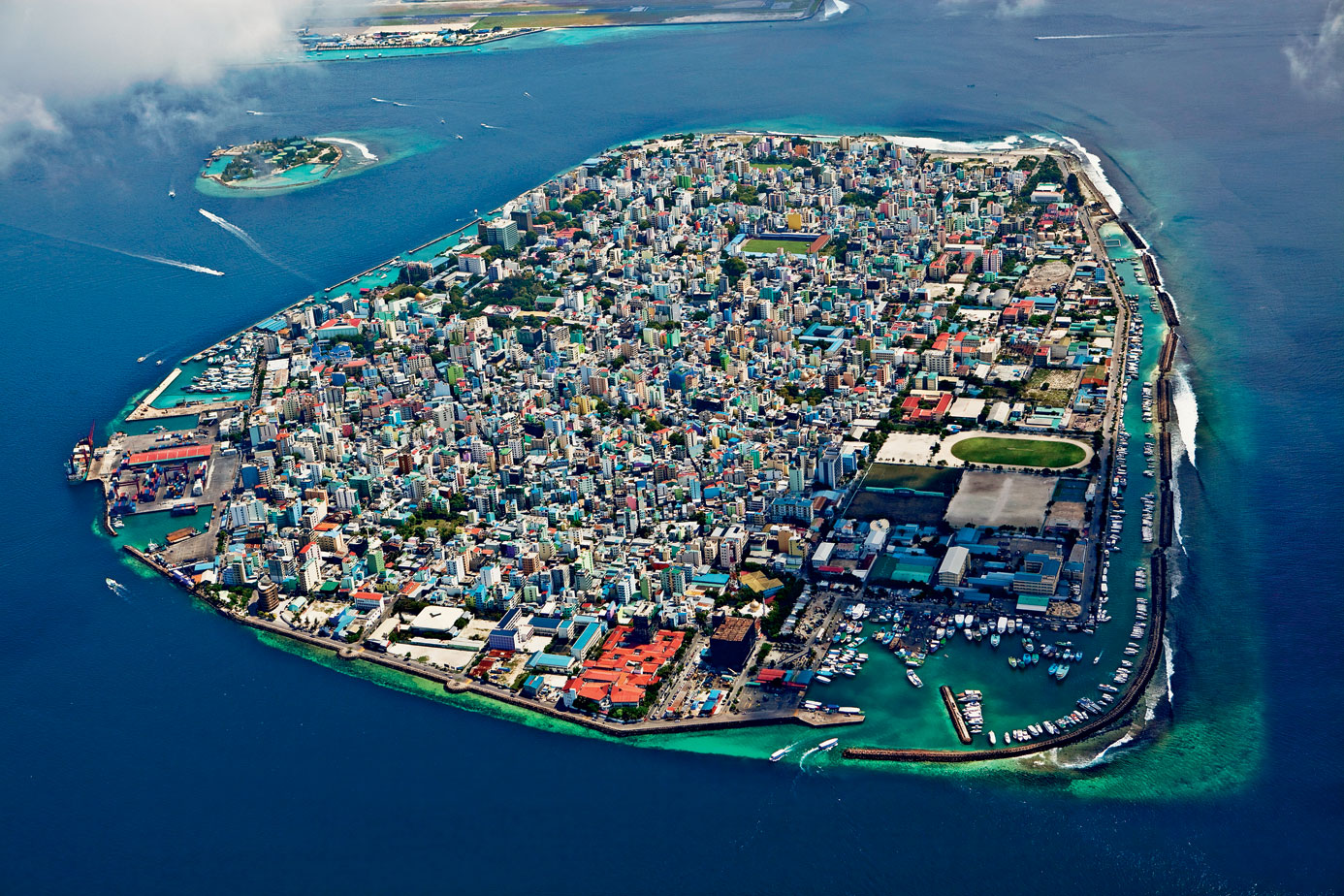 MALDIVES - SINGAPORE