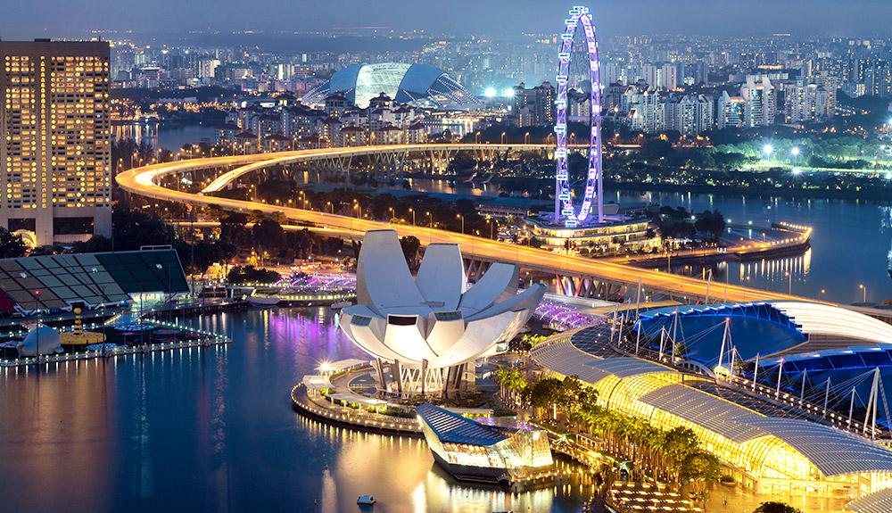 NGÀY 1: HỒ CHÍ MINH - SINGAPORE