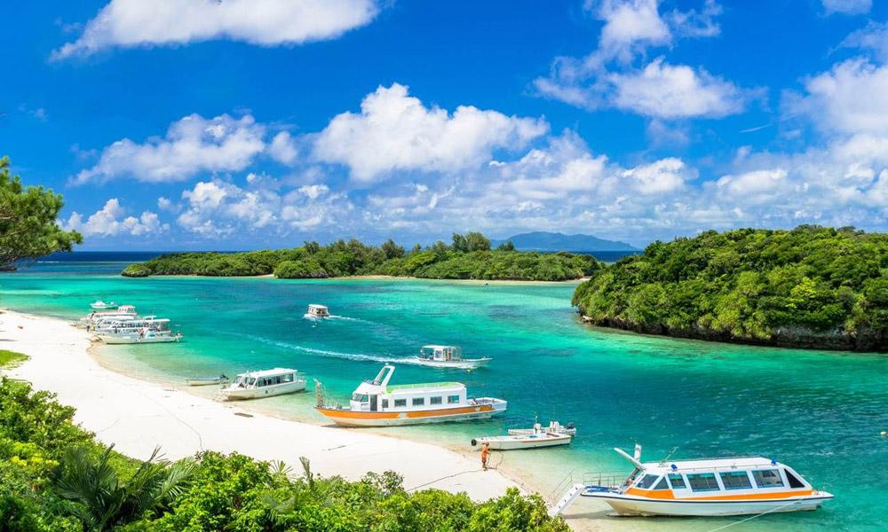 Okinawa Kabira Bay