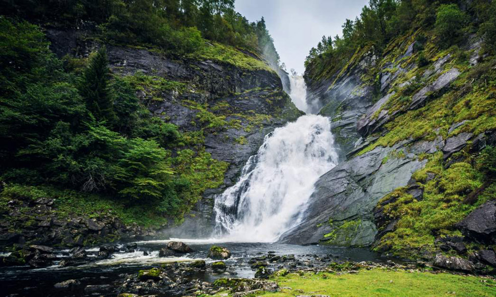 Norway_Waterfall