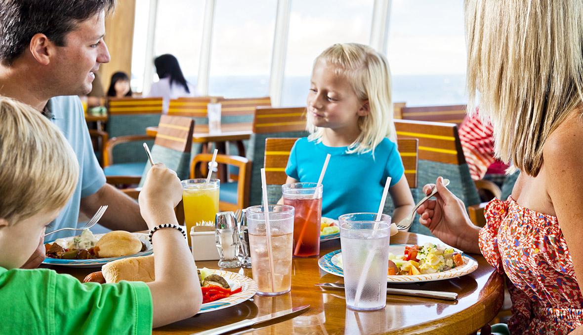 du thuyền biển nhà hàng trên du thuyền