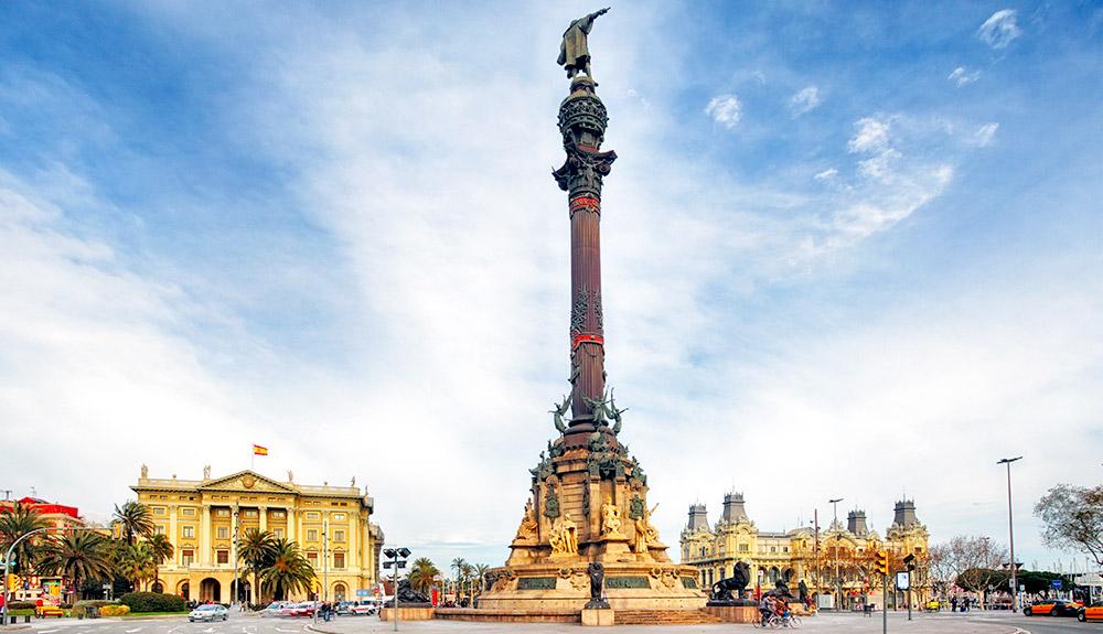 Du thuyền biển tượng Columbus Barcelona